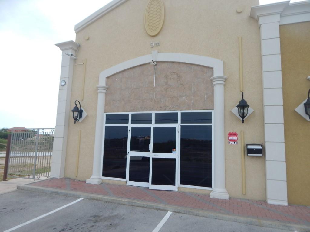 Office Salina Cerca 9-N #1