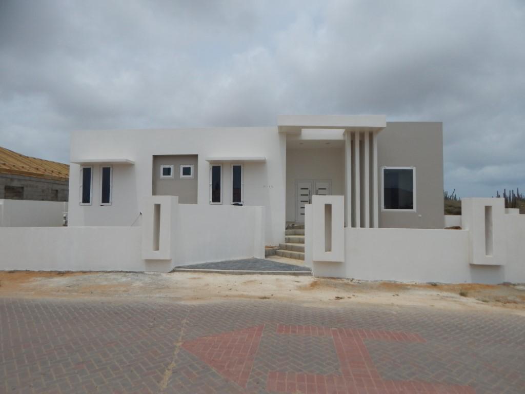 Villa Papaya | RENTED|