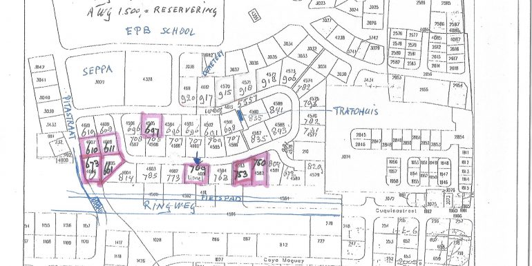 Ponton Lots available