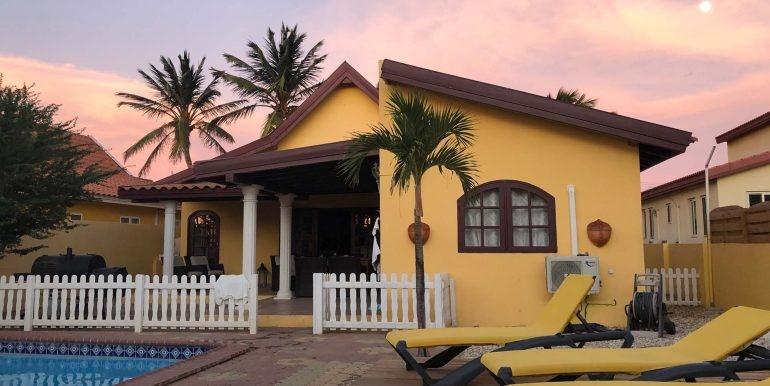 casa-galpy-aruba-back-house-03-med