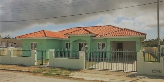 Family House in Nune [UNDER CONTRACT]