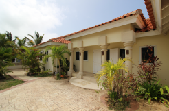 Rooi Kochi Home [FOR SALE! MOTIVATED SELLER!]